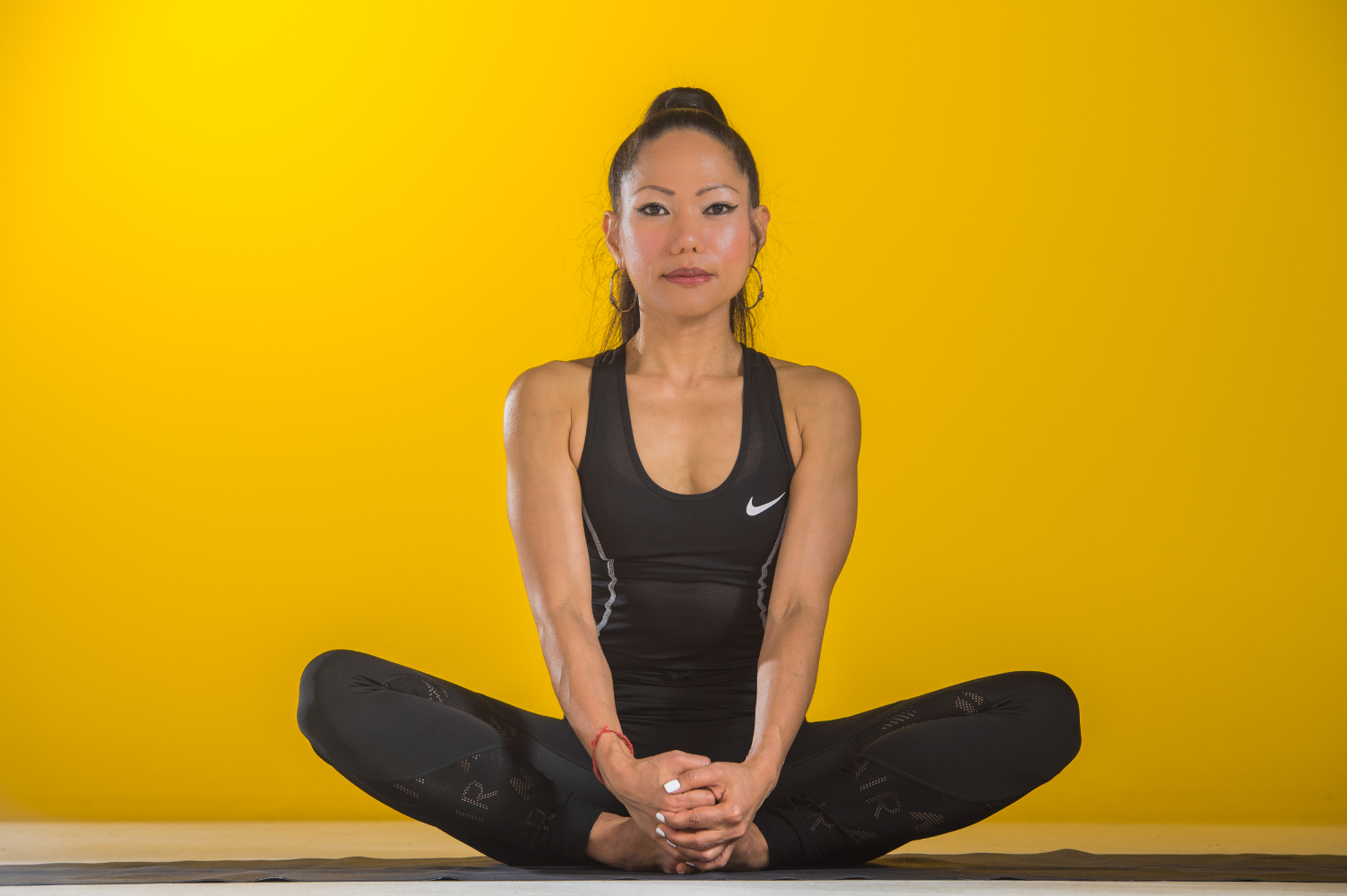 Treating Knee Pain With Yoga Discover Who You Are